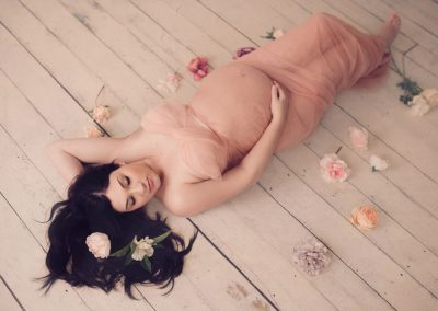 maternity-photography-flowers